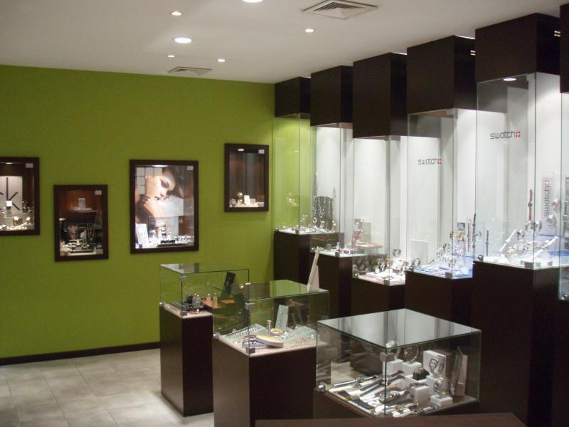 excellent amnagement duune bijouterie with agencement bijouterie. Black Bedroom Furniture Sets. Home Design Ideas