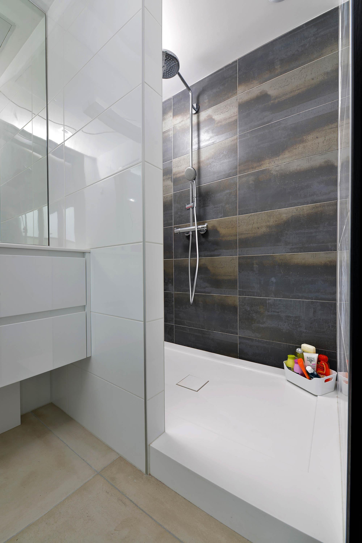 stratifi haute pression salle de bain fabulous stratifi. Black Bedroom Furniture Sets. Home Design Ideas